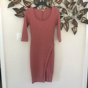 Dresses & Skirts - Charlotte russe pink envelope midi dress